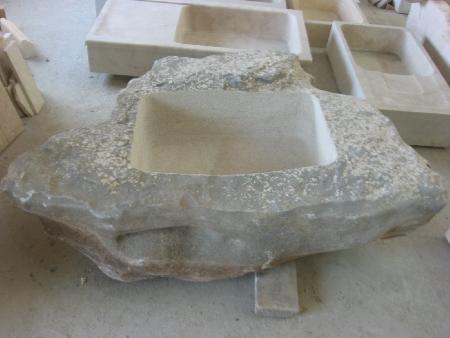 lavello cucina pietra naturale : realizzato con grosso monolite ove ricavato all\interno un lavello ...